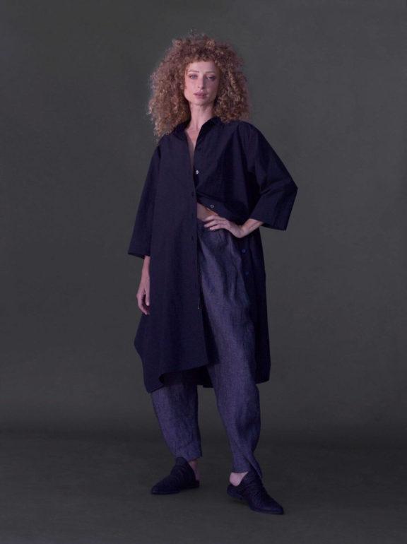 AMMA_Frühjahr_Sommer 2022 Pants and blouse Linen