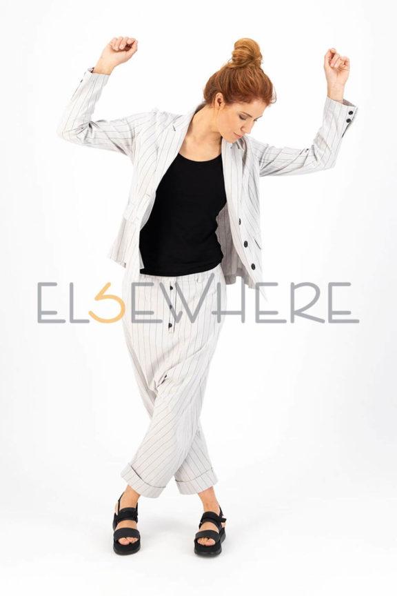Elsewhere_Frühjahr_Sommer 2022 Linen Suit stripes