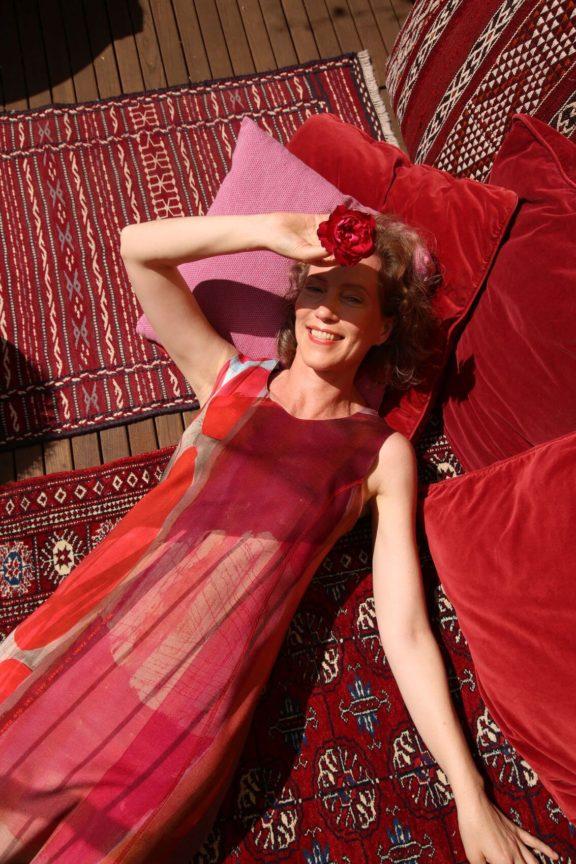 Icke BERLIN_Frühjahr_Sommer 2022 Kleid rot