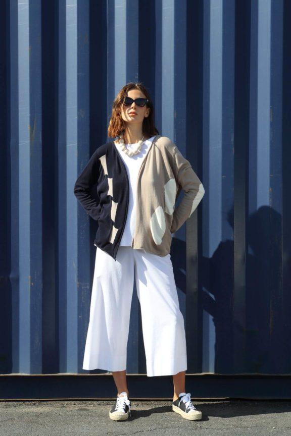 Knit Knit_Frühjahr_Sommer 2022 Sweater navy beige
