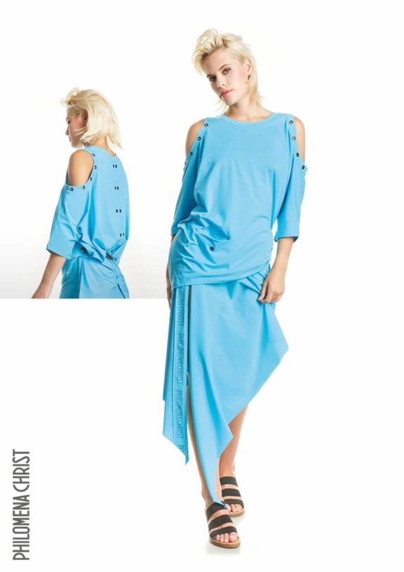 Philomena Christ_Frühjahr_Sommer 2022 skyblue skirt and shirt