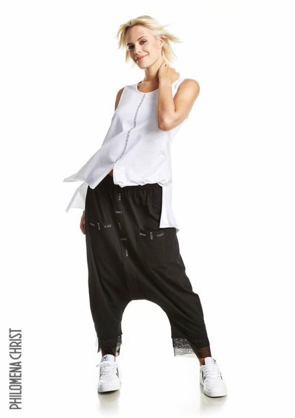 Philomena Christ_Frühjahr_Sommer 2022 black tulle pants
