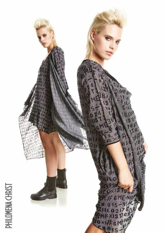 Philomena Christ_Frühjahr_Sommer 2022 oversized coat print