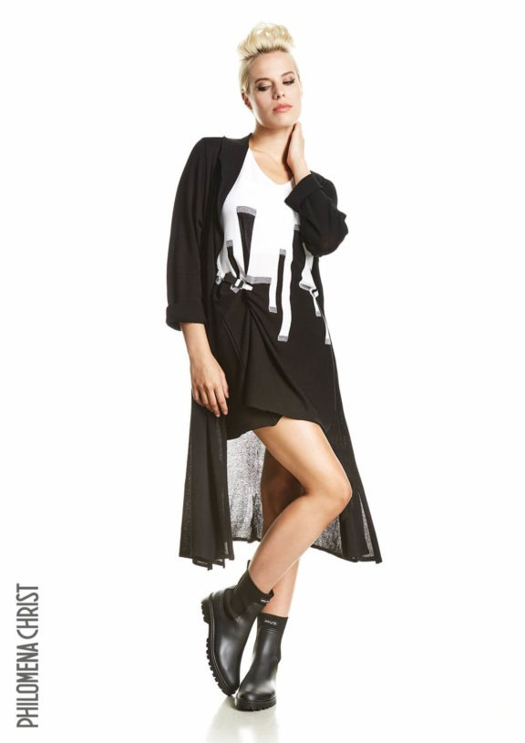 Philomena Christ_Frühjahr_Sommer 2022 Shirt print black and white